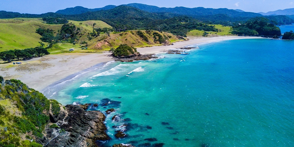 Experiencing New Zealand's Picturesque Coastal Towns