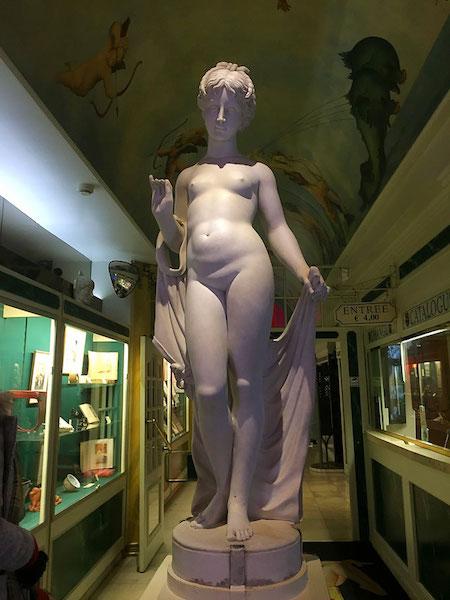 venus statue sex museum amsterdam netherlands