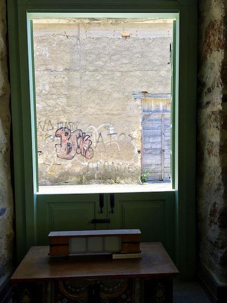 window aplo bistro