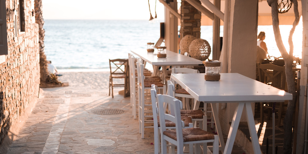 Where to Go, Eat and Stay in Gialova, Greece