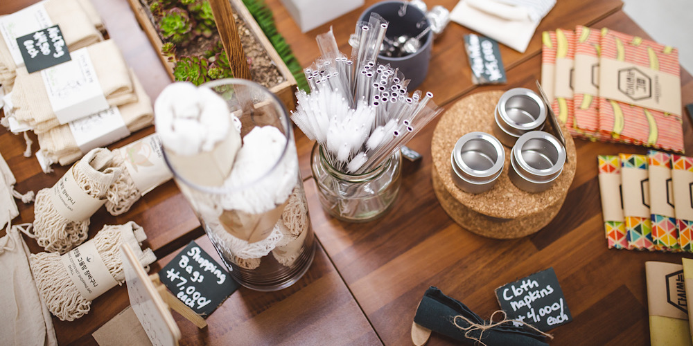 35 Best Zero Waste Gifts For Travelers