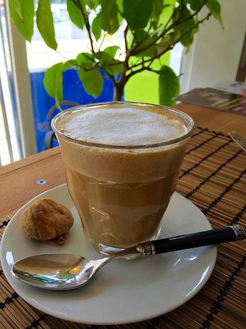 vegan almond milk latte
