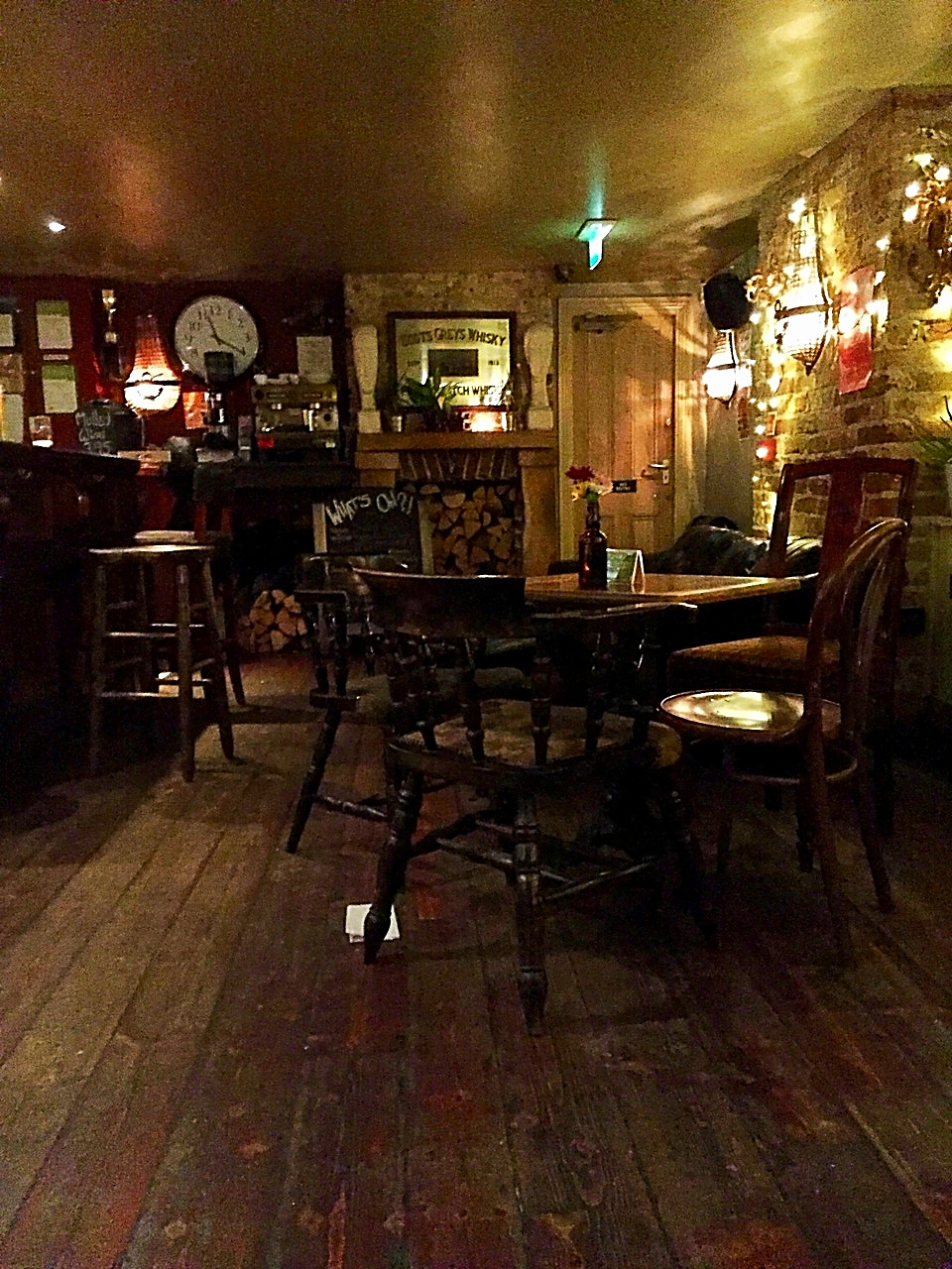 british pub photo