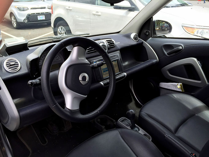 inside a smart car car2go