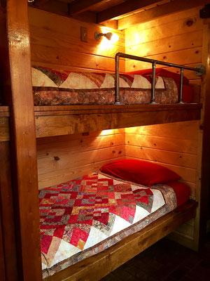 caboose tiny house bunk beds caravan tiny house hotel