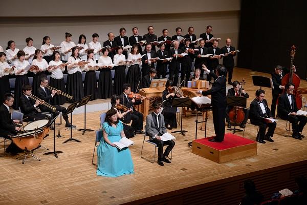 バロックヴァイオリン,ナチュラルトランペット、バロックティンパニ等の            古楽器アンサンブルと共演