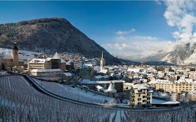 Winterurlaub und Skifahren ab der Alpenstadt Chur