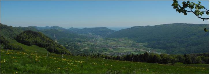SIe lieben es in einem Naturpark im Jura zu wandern? Dann empfehlen wir Ihnen den Naturpark Thal mit seinen Themenwanderungen