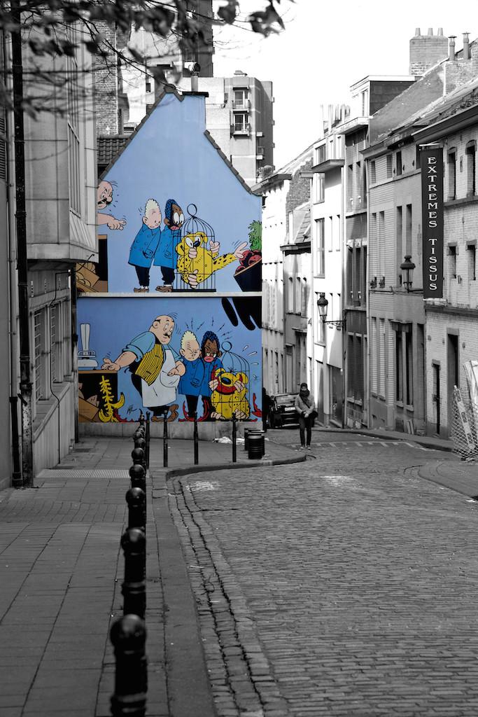 mural comic