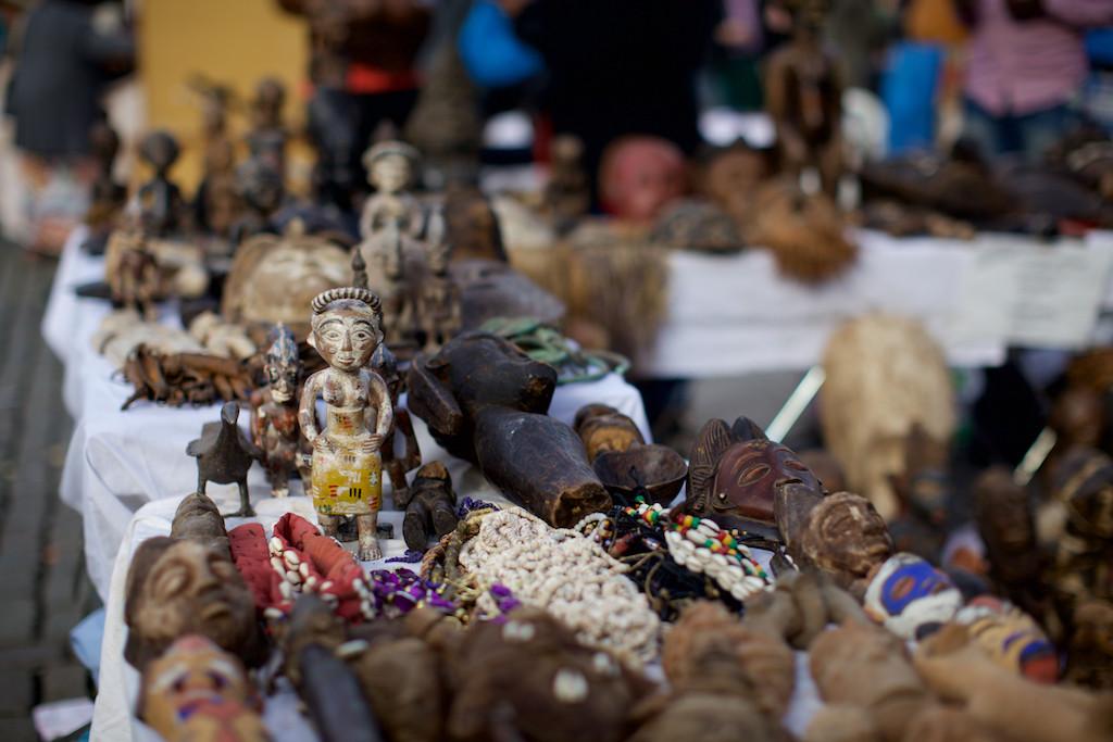 flea market at the Jeu de Balle