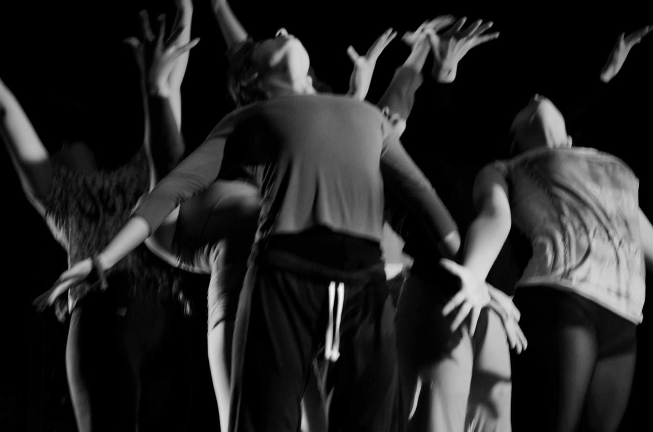 """Ensayo general Obra """"Réquiem"""" Cía danza Mo-Mo"""