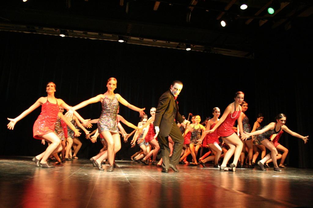 """""""Cabaret"""" escuela de danza Mo-Mo dic 09"""