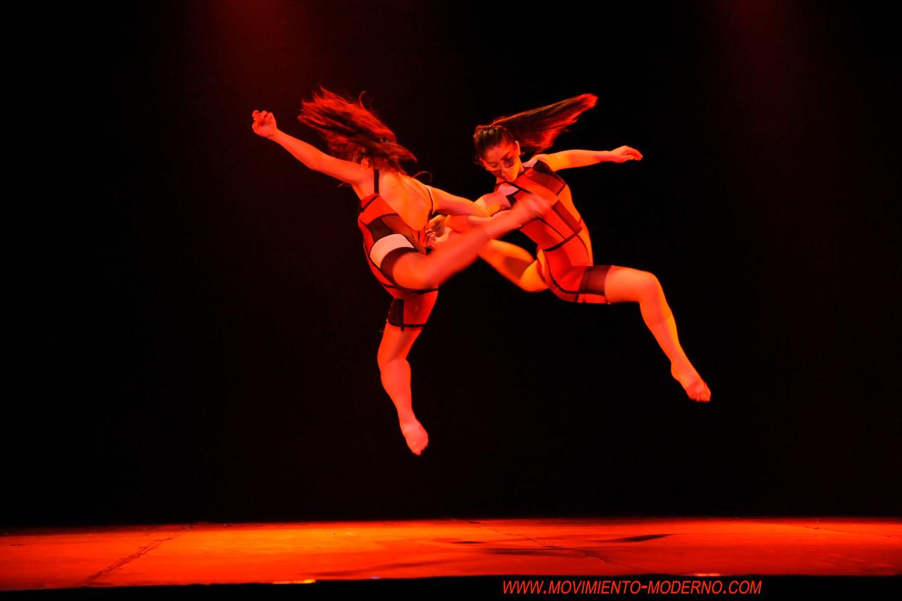 Obra Viola 2º lugar Bento-em-danca Brasil 2012 Intérpretes Antonia Erazo (14)-Antonia Toro(13), imágenes Solange Avelino