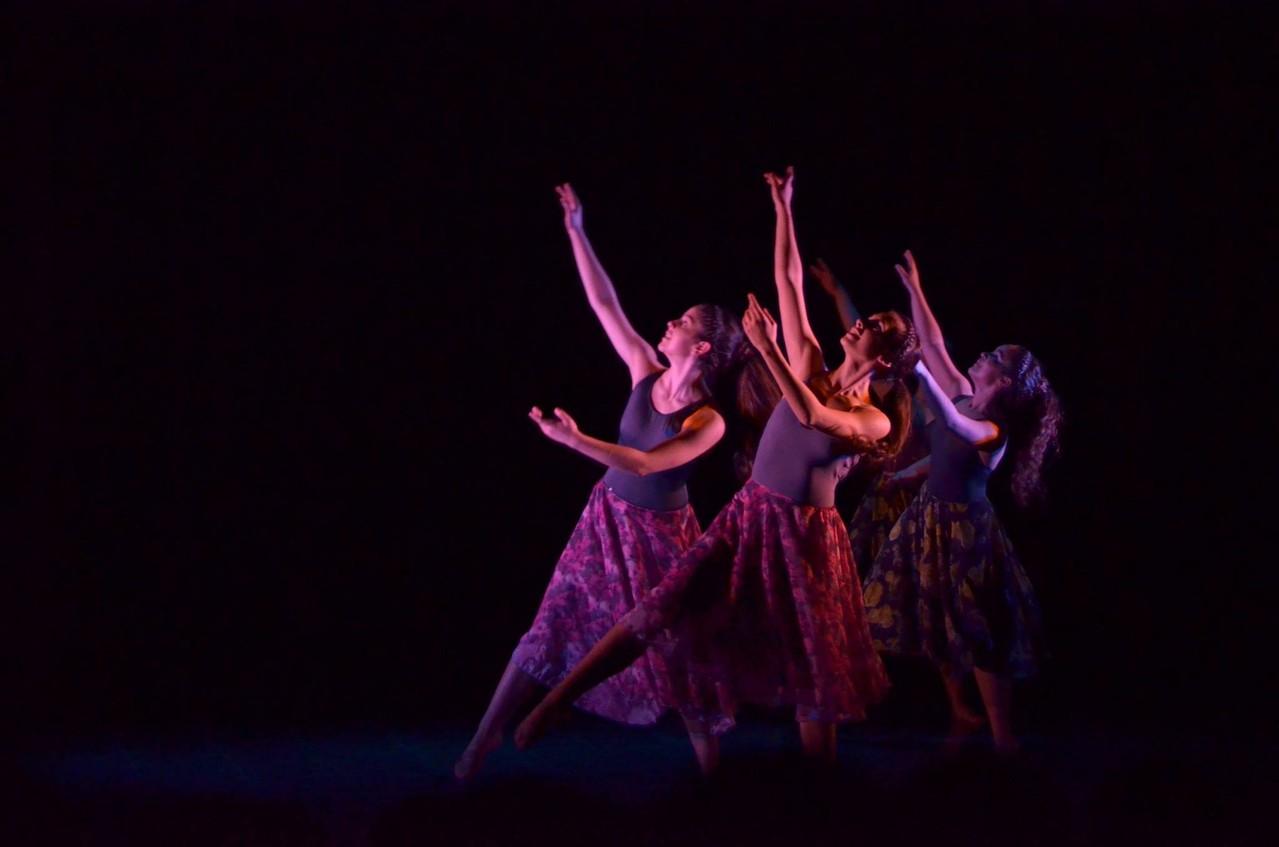 Presentación Cía. Mo-Mo; Agosto 2013 /Teatro Facetas /Obra Réquiem