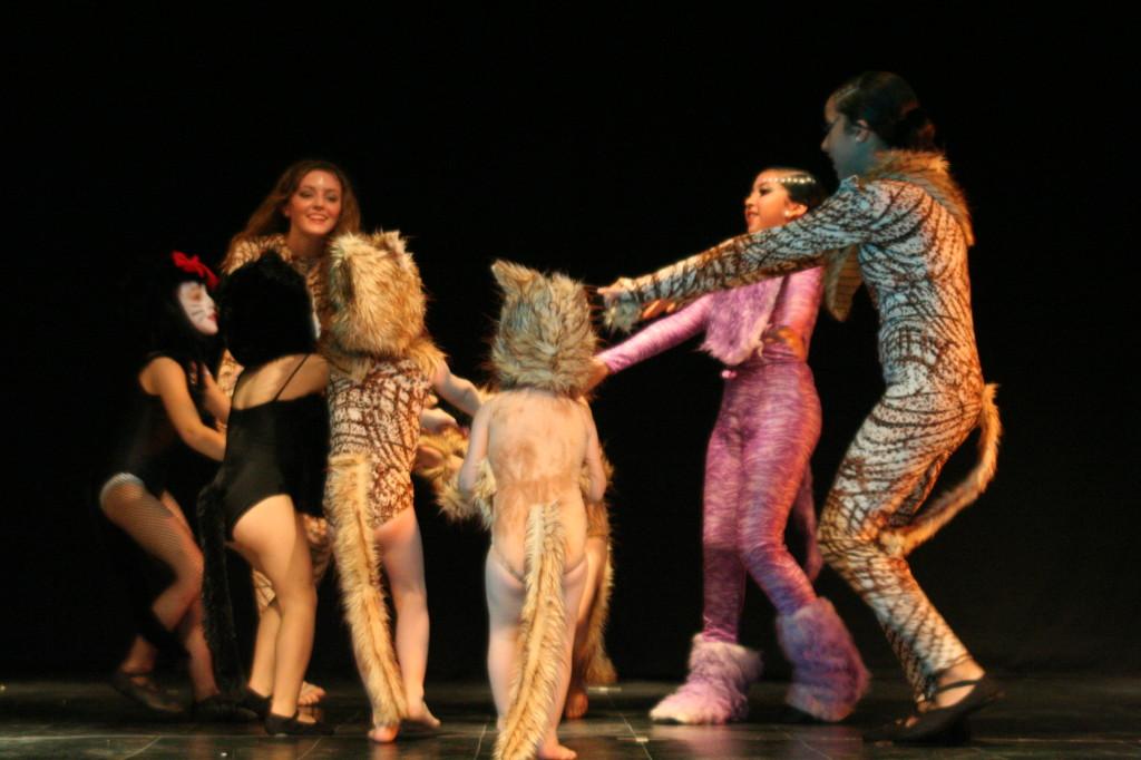 Cats dic 09 teatro facetas