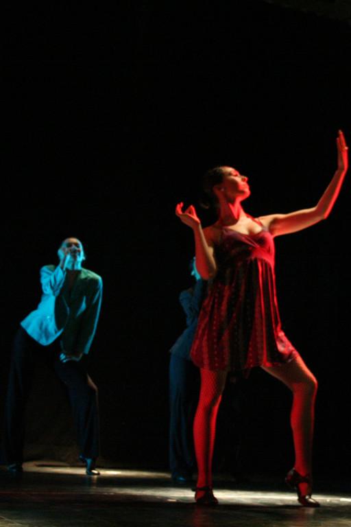 Cía Mo-Mo Teatro facetas dic 2009 ( Florencia Martina)
