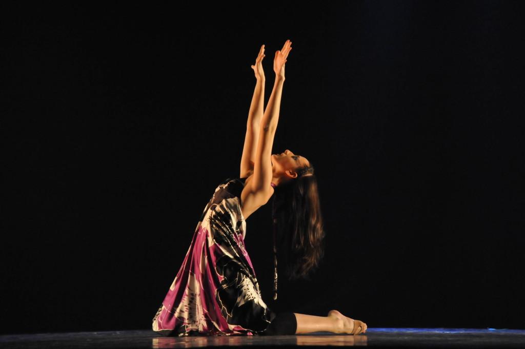 Cía mo-mo Violeta 2º lugar Br.09