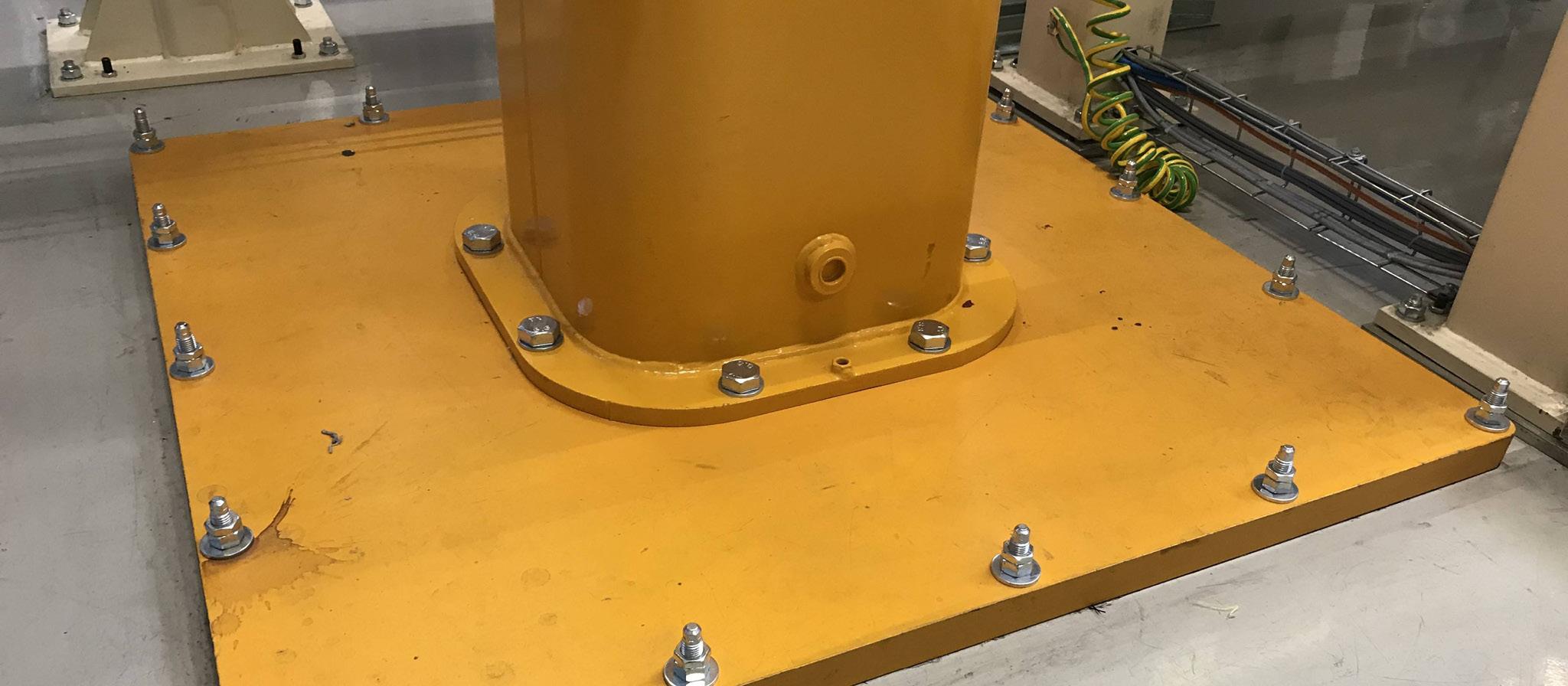 Sicherheits-Abdeckungen (Sturzgefahr) zu Schwenkkran-Bodenplatten