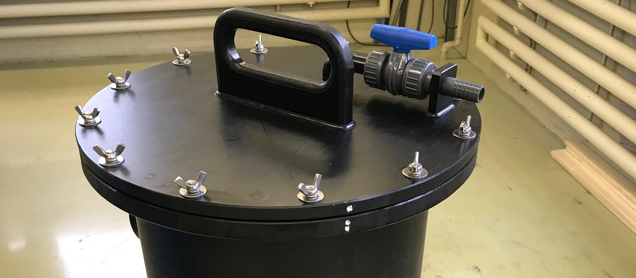 Filtergehäuse mit Kugelhahn aus PE