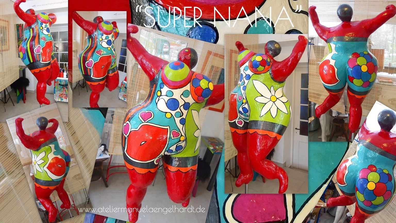 "Plastik ""Super Nana"", In-/Outdoor verfügbar"