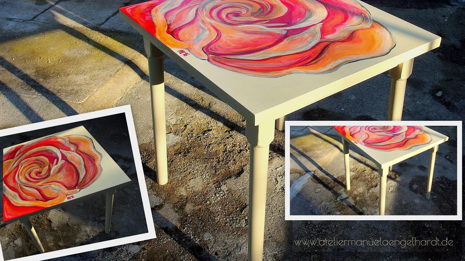Vintage Holztisch In-/Outdoor - Nicht mehr verfügbar.