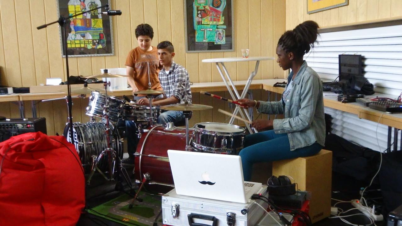 Jam Session: Probe, Aufnahme und Konzert mit einer Profi-Band