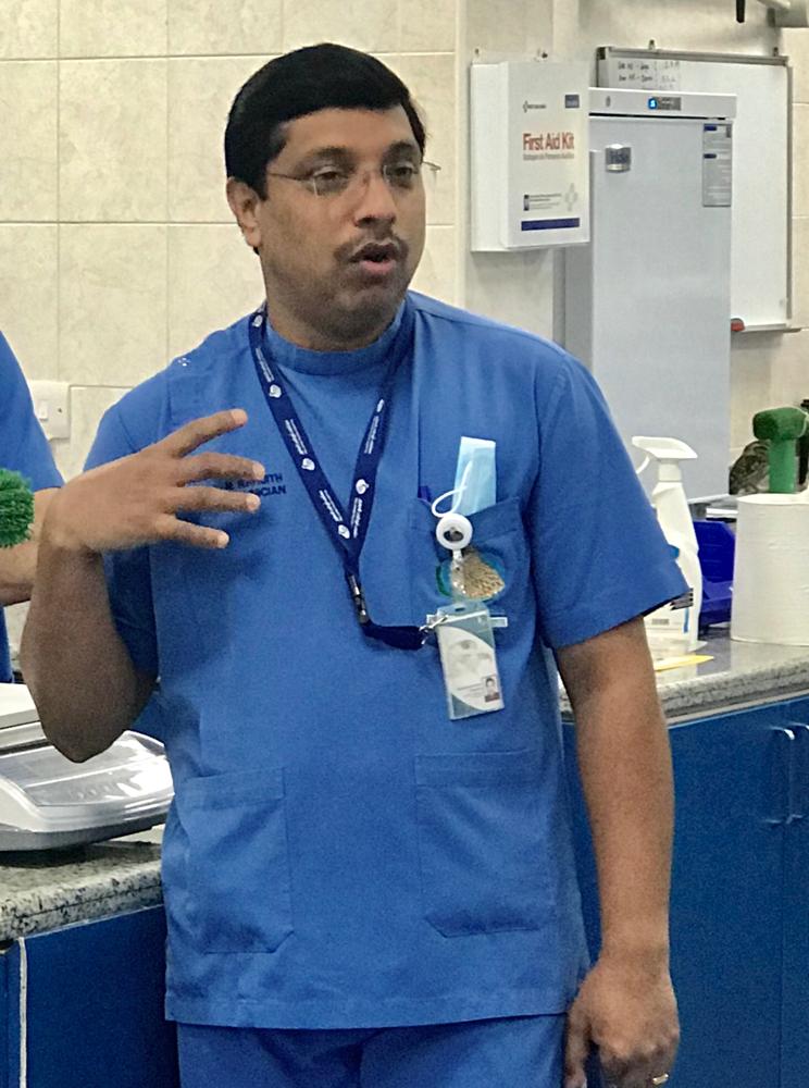 Dr. R...
