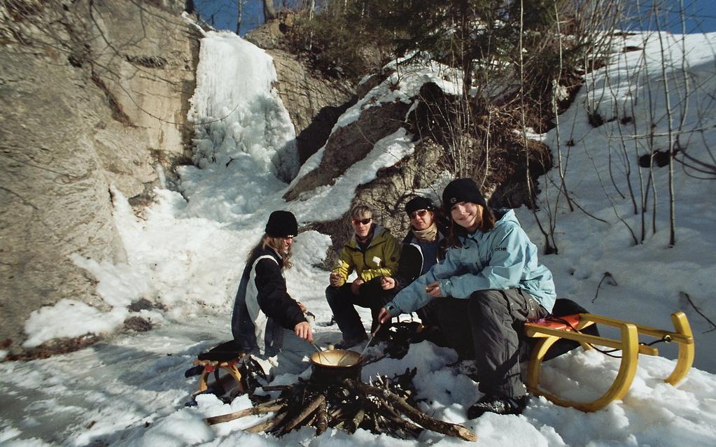 Winter, Schlitten, Fondue: Ein herrliches Trio