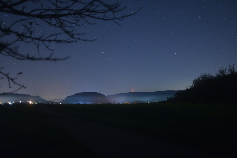 """Blick um Mitternacht von Gewann """"Im Hagen"""" auf Zaberfeld u. Spitzenberg"""