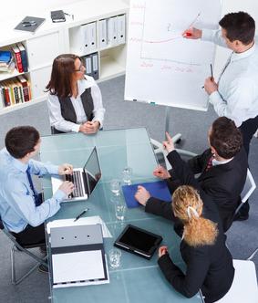 Zentraler Erfolgsfaktor für die Umsatzentwicklung im Mittelstand ist eine effiziente Vertriebsorganisation. Wir beraten Sie. Kühne&Tröster GmbH.
