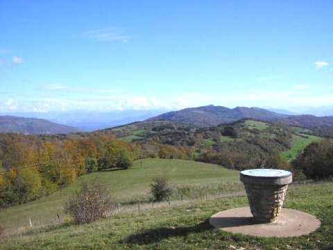 Vue depuis le Mont Frioland (1 029 m au dessus du col)