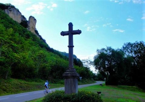 croix de Serrières-de-Briord