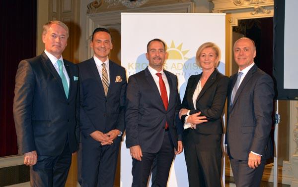 v.l.n.r. Mag. Heinz Mayer, Roland Wöginger, MBA , Prof. Dr. Teodoro Cocca, Mag. Waltraud Perndorfer, Mag. Harald Friedrich