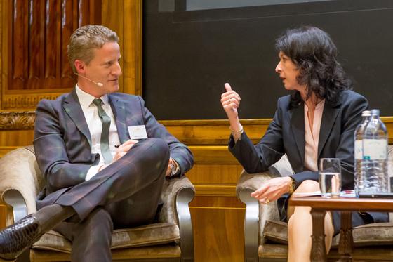Sven Rischko und Mag. PhDr. Susanne Höllinger (Vorstandsvorsitzende der Kathrein Privatbank AG)