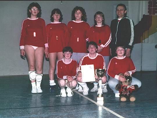 Erster Deutscher Meister im Hallenfaustball der weiblichen C-Jugend 1986 in Neukirchen / Saarland