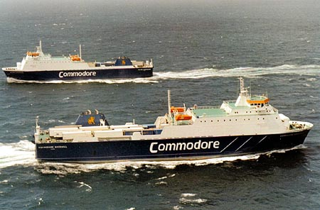 Commodore Goodwill (front) and her sister ship Island Commodore. Ian BOYLE collection (Simplon Postcards).