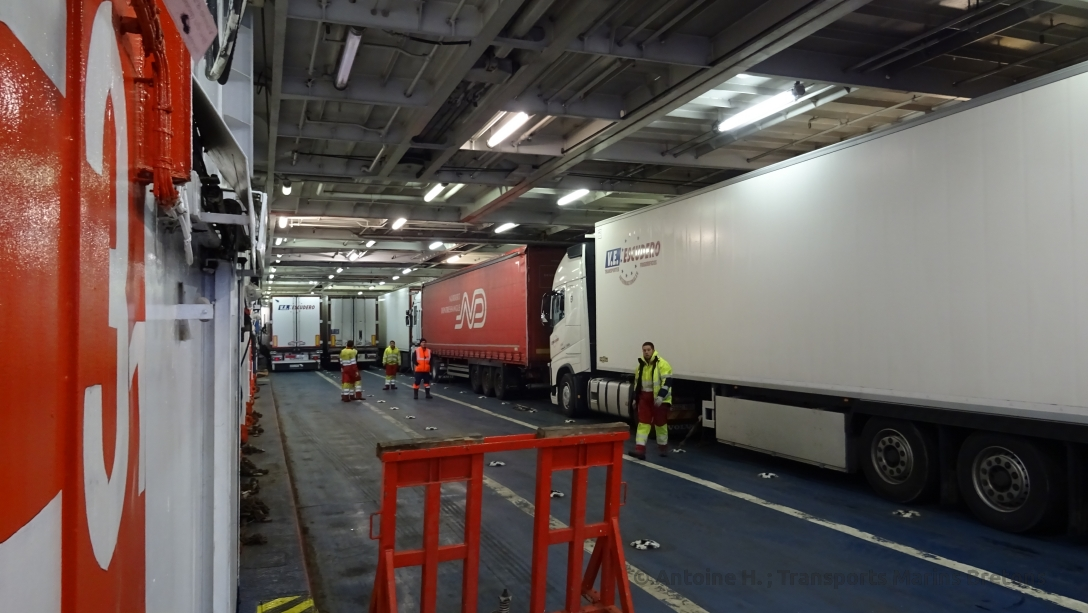 Lorries being parked at deck 03