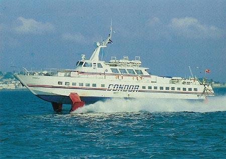 Condor 4 at sea. Ian BOYLE collection (Simplon Postcards)