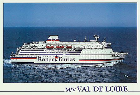 Official postcard of Val de Loire, Ian Boyle collection (www.simplonpc.co.uk).