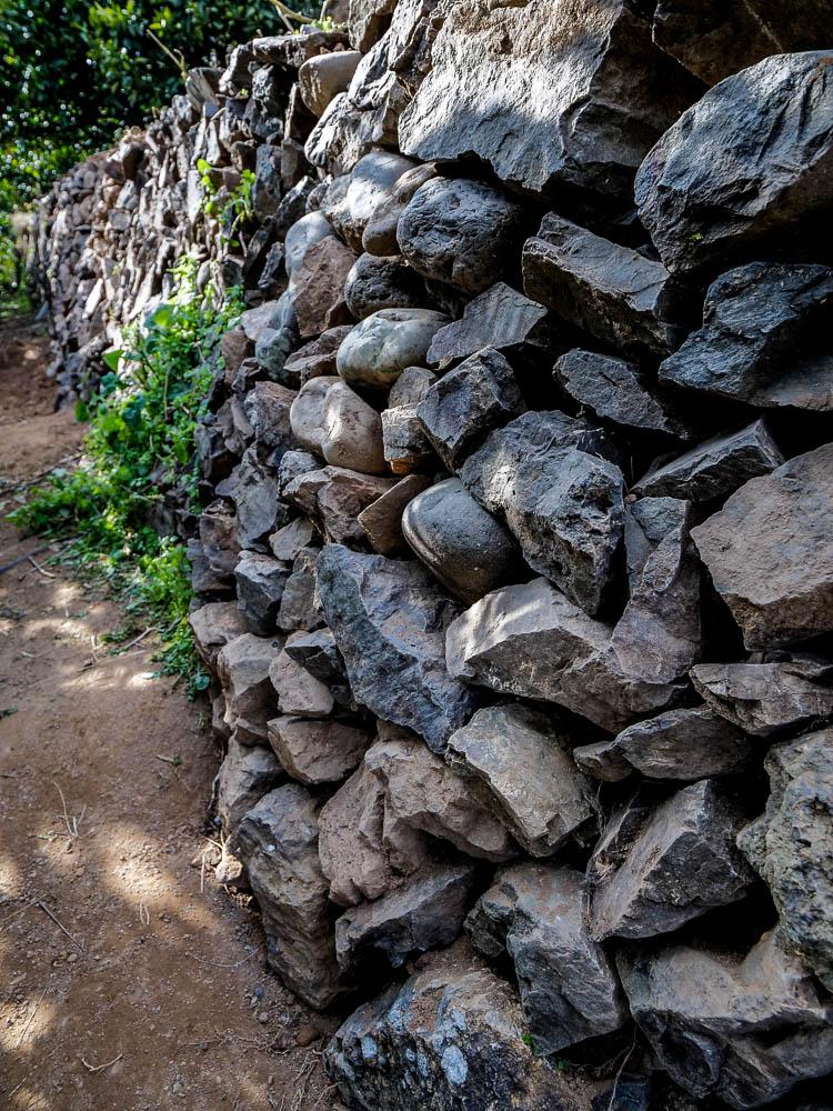 空石積みの風景-有田