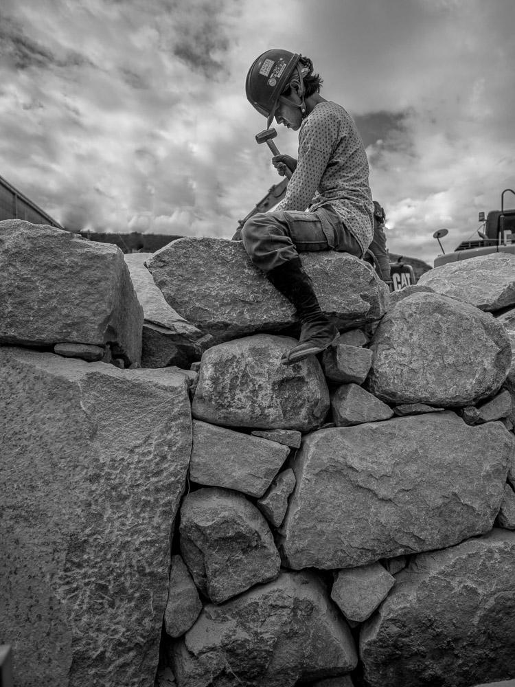 庵治石の空石積みの風景