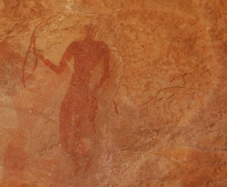 Algeria – Abri Khattar - Tassili de Tarit: in una piccola grotta si trovano queste bellissime pitture raffiguranti scene di caccia. Il periodo risale a ca. 5000/6000 a.c.