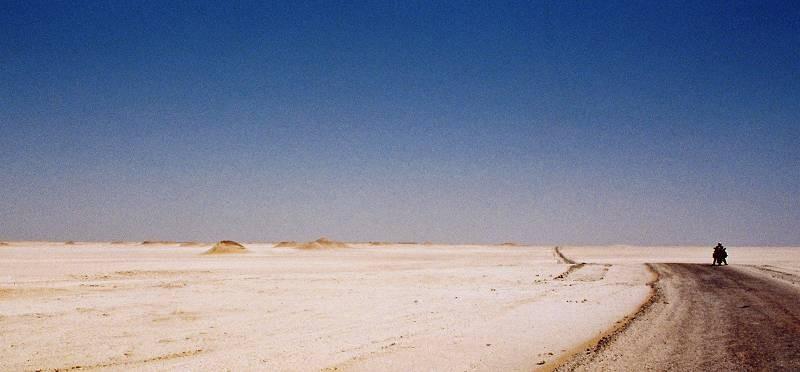 Poco prima del deserto bianco
