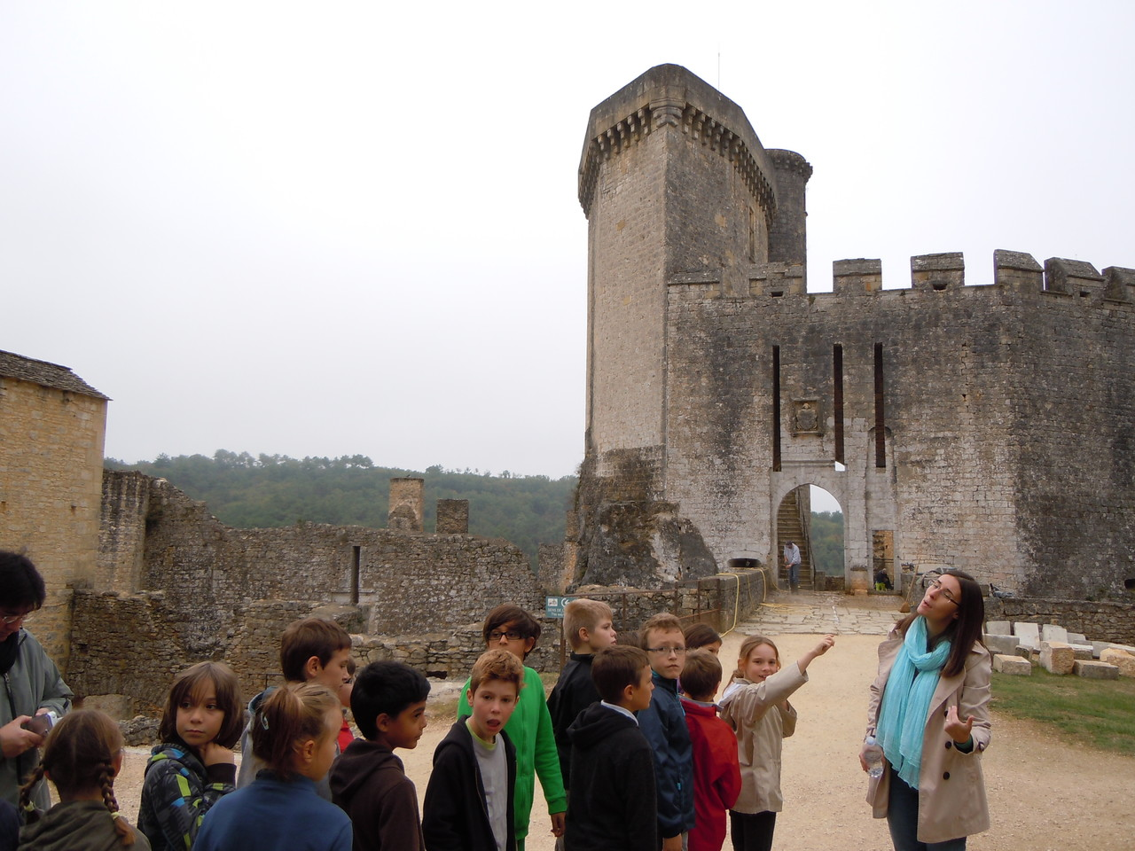 Jour 1 : Visite de Bonaguil