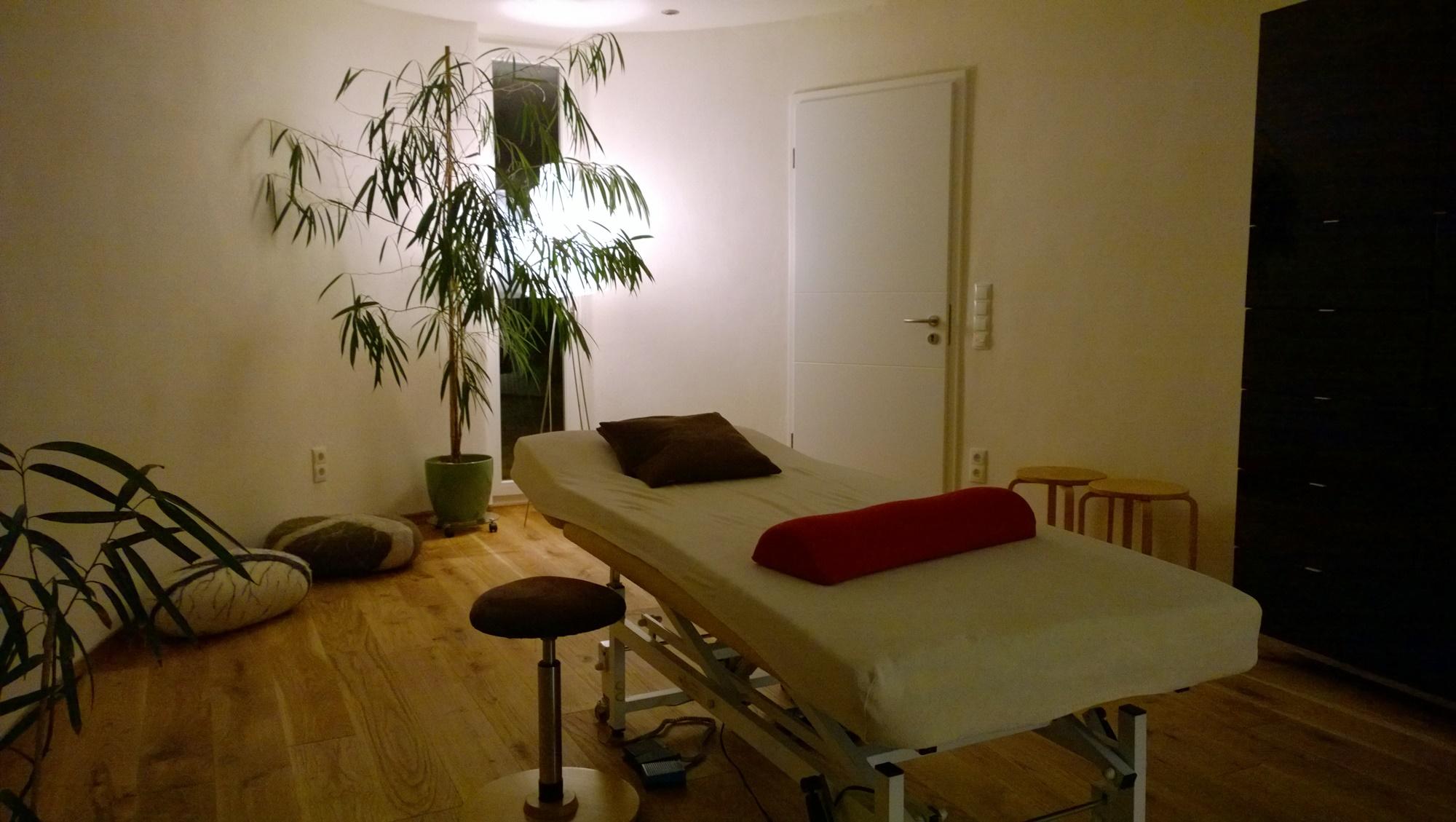Behandlungsraum mit Blick nach Osten