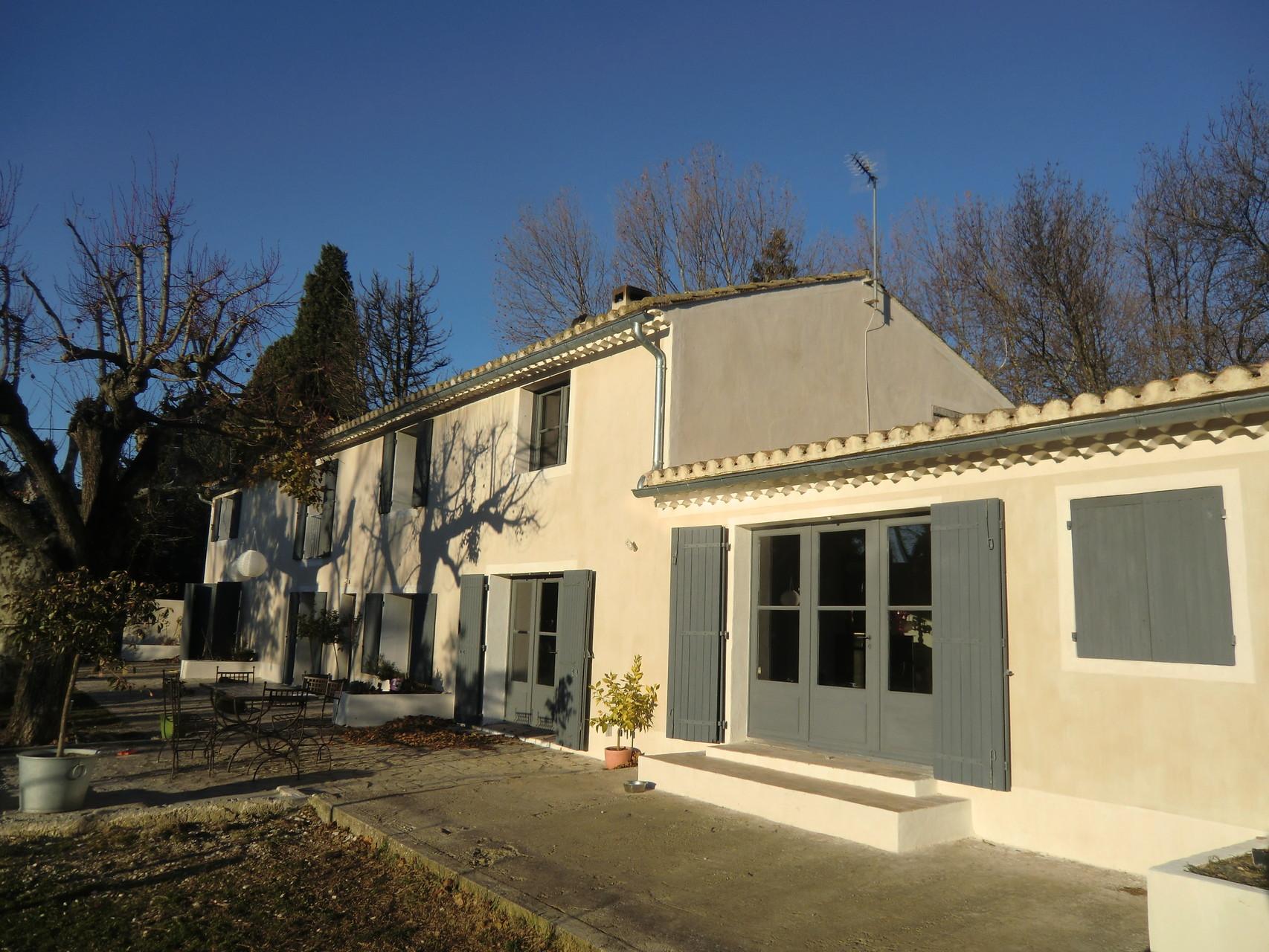 Huisseries peinture à la farine (Salon de Provence, 13)