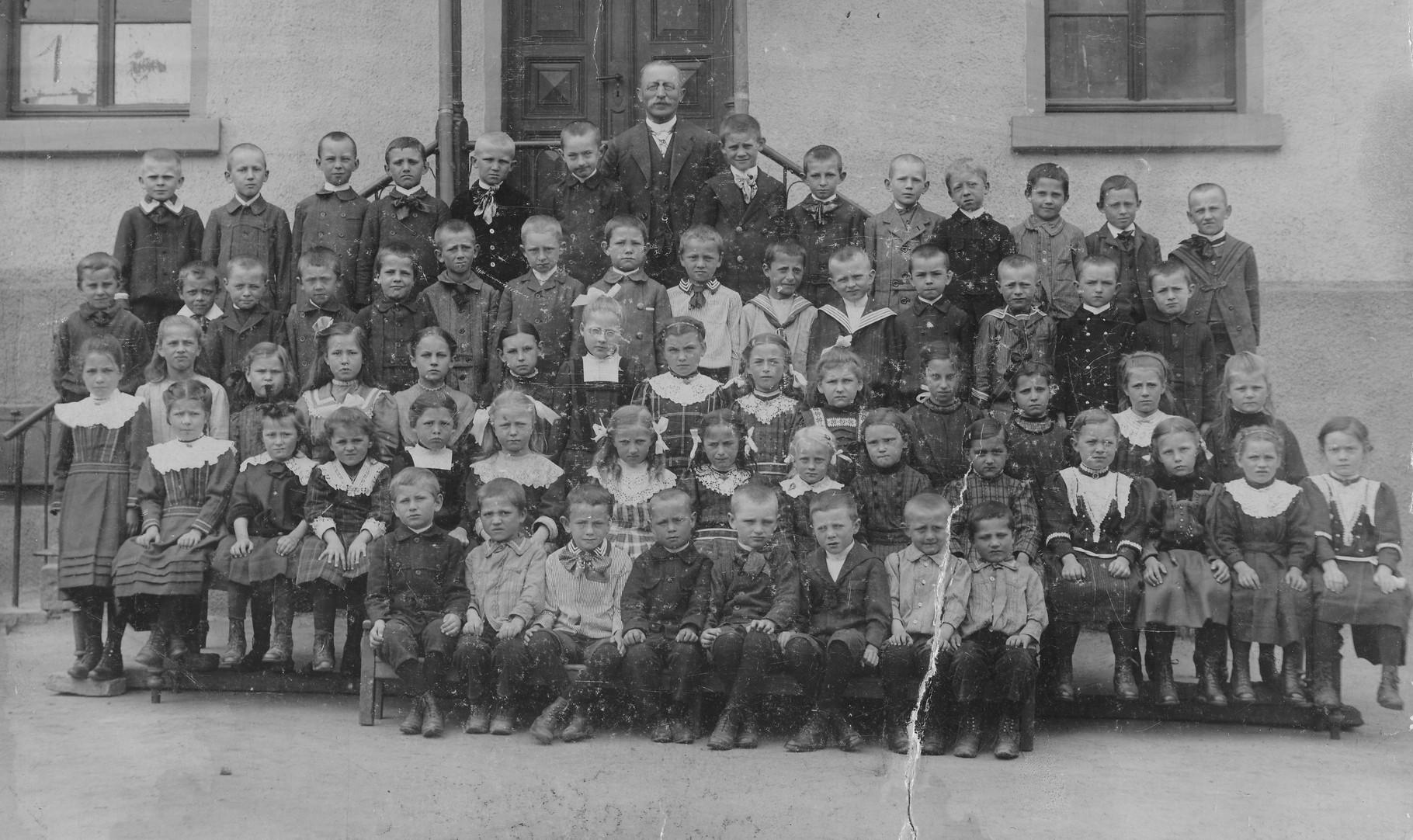 Jahrgang 1907, Bild: Knerndel,Christel