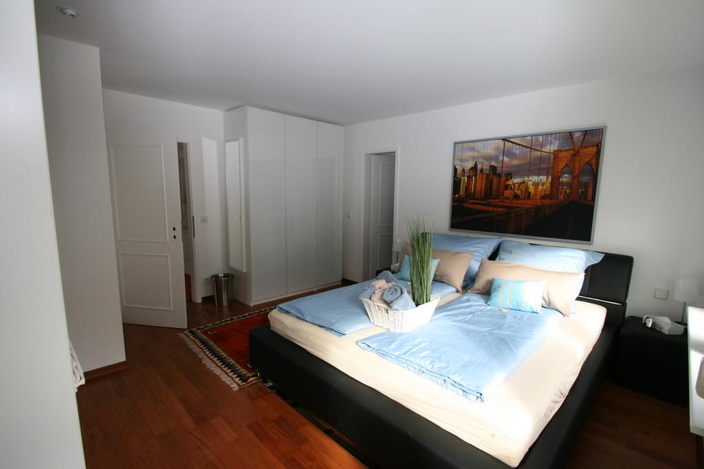 ausreichend Schrankplatz im Schlafzimmer