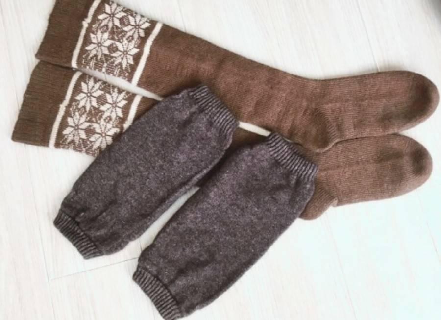 冷え取りの基本は温かい靴下とレッグウォーマー