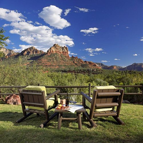 Baby Friendly Hotels in Sedona, Arizona: L'Auberge de Sedona
